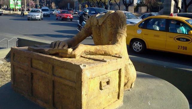 Une statue du mythe en Amérique du Sud.