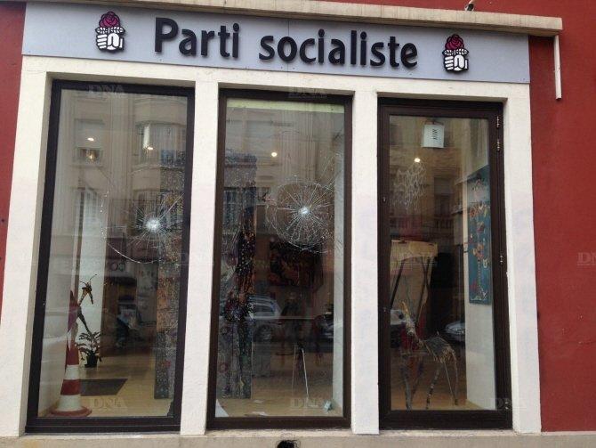 Actions et manifestations à Paris et en Alsace contre la réforme territoriale