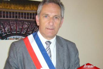 Charles Demouge, le candidat des racistes antiblancs, jugé dimanche par les électeurs