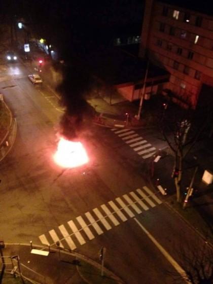 Beauvais, Carcassonne : pas «d'esprit du 11 janvier» pour les Français dont on brûle les voitures dans les cités occupées