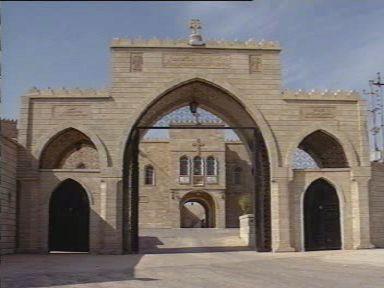 Le monastère des Saints Behnam et Sarah avant sa destruction.