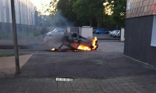 cléon normandie emeute raciale 052015 voiture brûlée