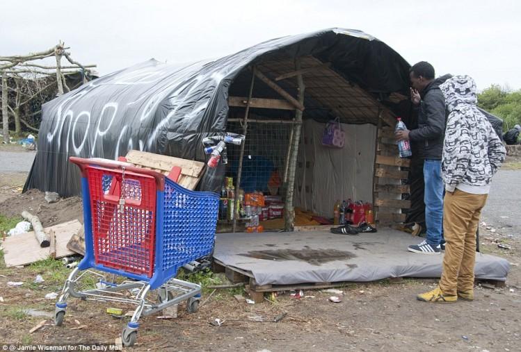 La Nouvelle Calais -2 -Shop
