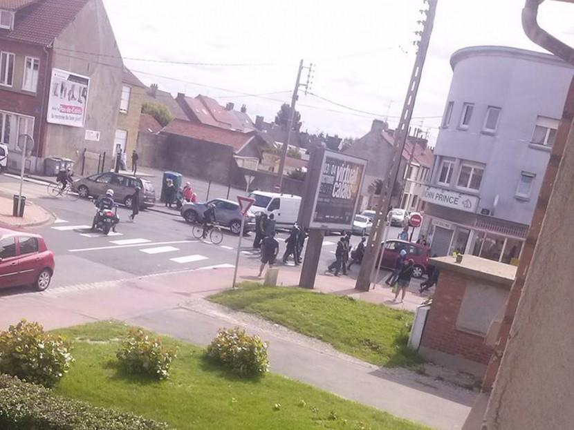 Les envahisseurs manifestent désormais quotidiennement à Calais