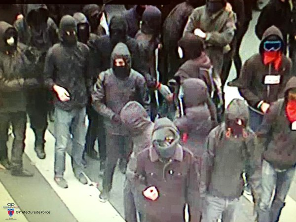 Manifestants extrémistes le 29 novembre 2015