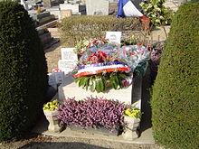 220px-Bourg-la-Reine_(sépulture_Bastien-Thiry)