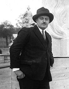 Maxime_Real_del_Sarte_1928
