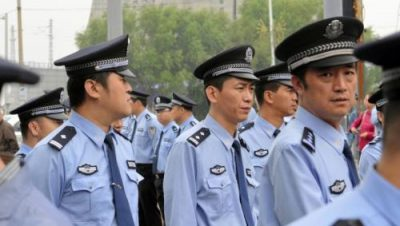 Italie_policiers_chinois