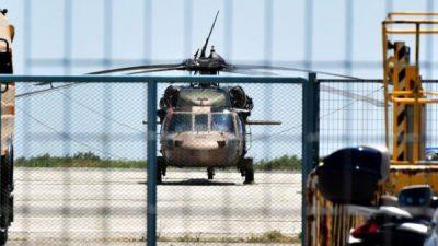 Grèce_militaires_turcs_fuyant_putsch