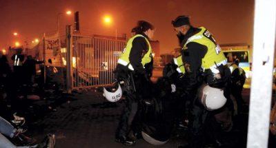 Suède_police_envahisseurs