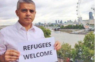 refugees-448x293