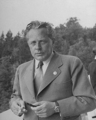 heinrich-hoffmann-adolph-hitler-photographer