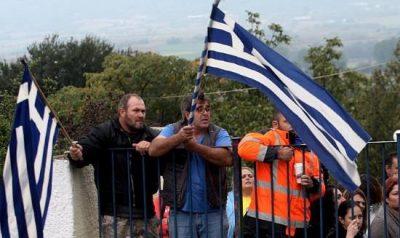 grece-paranets-inquiets-des-dangers-sanitaires-poursuivis-pour-racisme