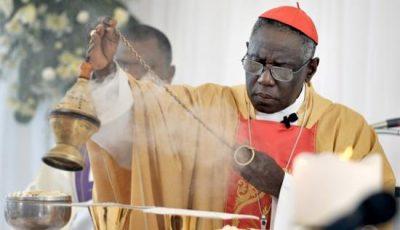 cardinal-sarah-vous-etes-envahis-par-dautres-peuples-qui-vont-progressivement-vous-dominer