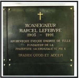 mortmgrlefebvre-300x298