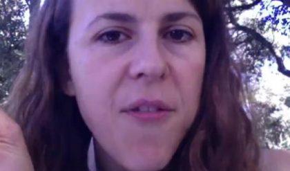 Nicole Ferroni : Il faut accueillir les migrants car nous sommes « un sac de vieux atomes » (vidéo)