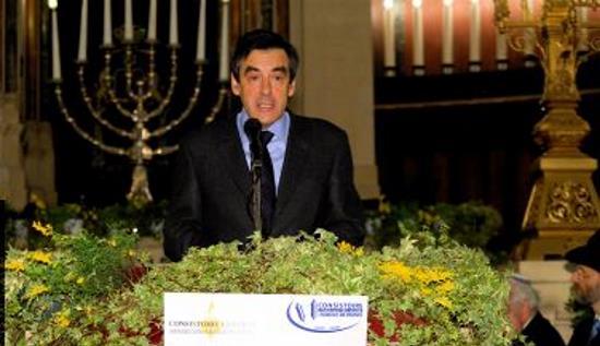 Fillon convoqué au « Mémorial de la Shoah » renouvelle son allégeance au judaïsme politique