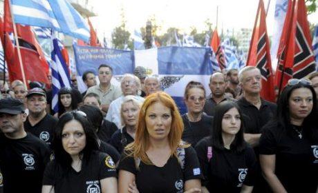 Grèce : action coup de poing d'Aube Dorée contre la scolarisation d'enfants d'envahisseurs (vidéo)