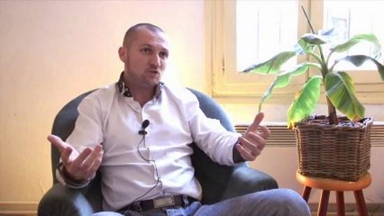 Johan Livernette – La franc-maçonnerie est une secte diabolique (vidéo)