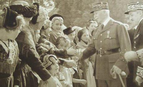 25 mai 1941 – Hommage rendu par l'État Français à la Maternité