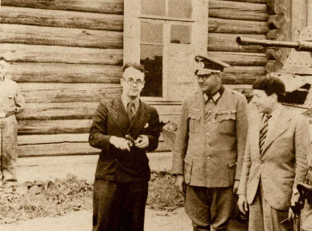 Robert Brasillach, Jacques Doriot et Claude Jeantet
