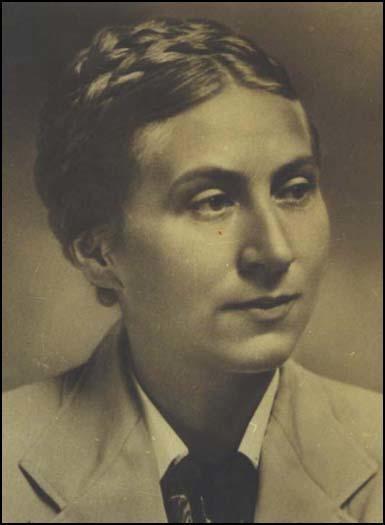 Gertrud Scholtz-Klink   9 février 1902  –  24 mars 1999