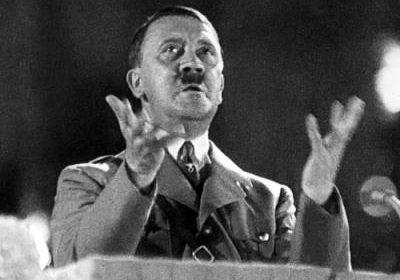 30 avril 1945 : mort libre d'Adolf Hitler