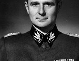 Karl Wolff    13 mai 1900 - 17 juillet 1984