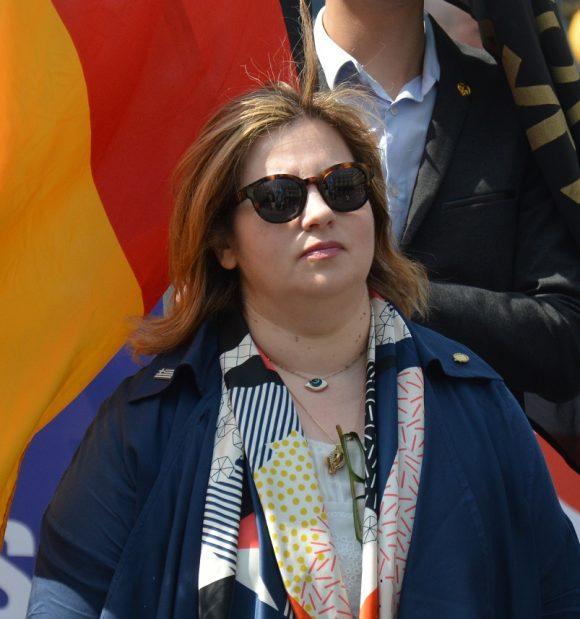 Forum de l'Europe: Intervention d'Irène Pappa, Aube Dorée, Grèce