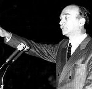 Giorgio Almirante   27 juin 1914  -  22 mai 1988