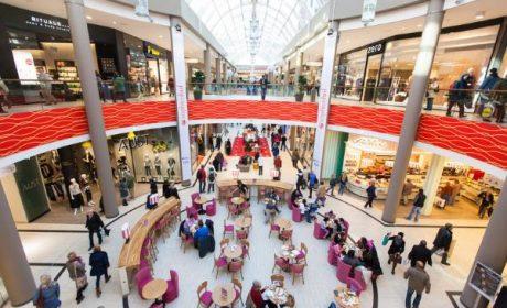 Indignation aux Pays-Bas autour du don de 10 000 euros aux réfugiés pour «faire du shopping»