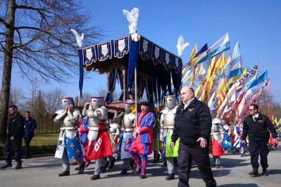 L'Anneau de Jeanne d'Arc au 34ème pèlerinage de N-D de la chrétienté