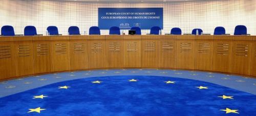 La Cour européenne des droits de l'homme: instrument de dictature