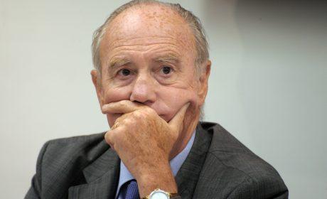 Le professeur Henri Joyeux, lanceur d'alerte contre les vaccins, radié de l'Ordre des médecins