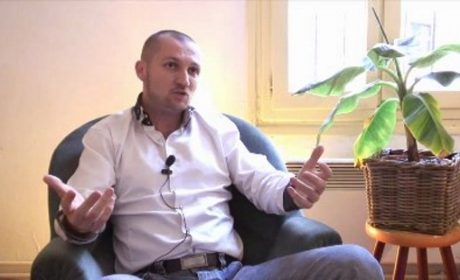 Johan Livernette : République maçonnique contre France Catholique (vidéo)