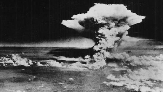 Sous le nuage d'Hiroshima (vidéo)