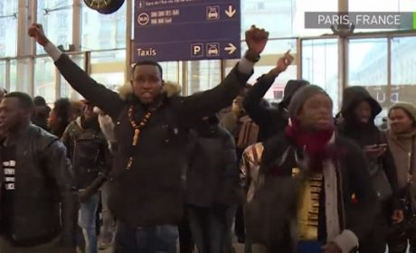 Solidarité tribale à la Gare du Nord : émeutes de colons africains en faveur d'un dealer ! (vidéo)