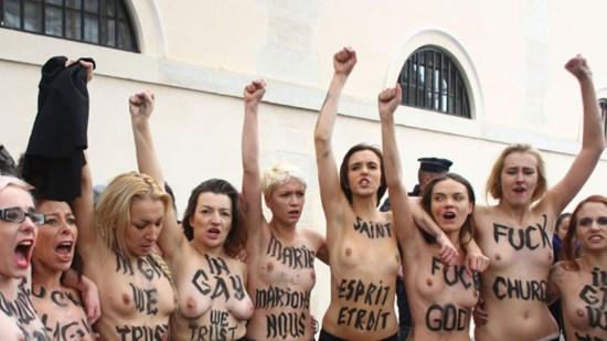 Solidarité avec les jeunes Français ayant défendu des familles contre les «Fem'Haines»