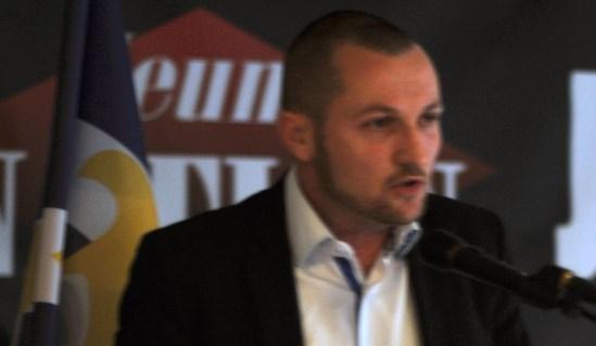 Johan Livernette – Zemmour et Finkielkraut sont ils des amis ou des ennemis des patriotes français ? (vidéo)